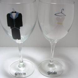 Bride and Groom Wedding Wine Glasses Handpainted